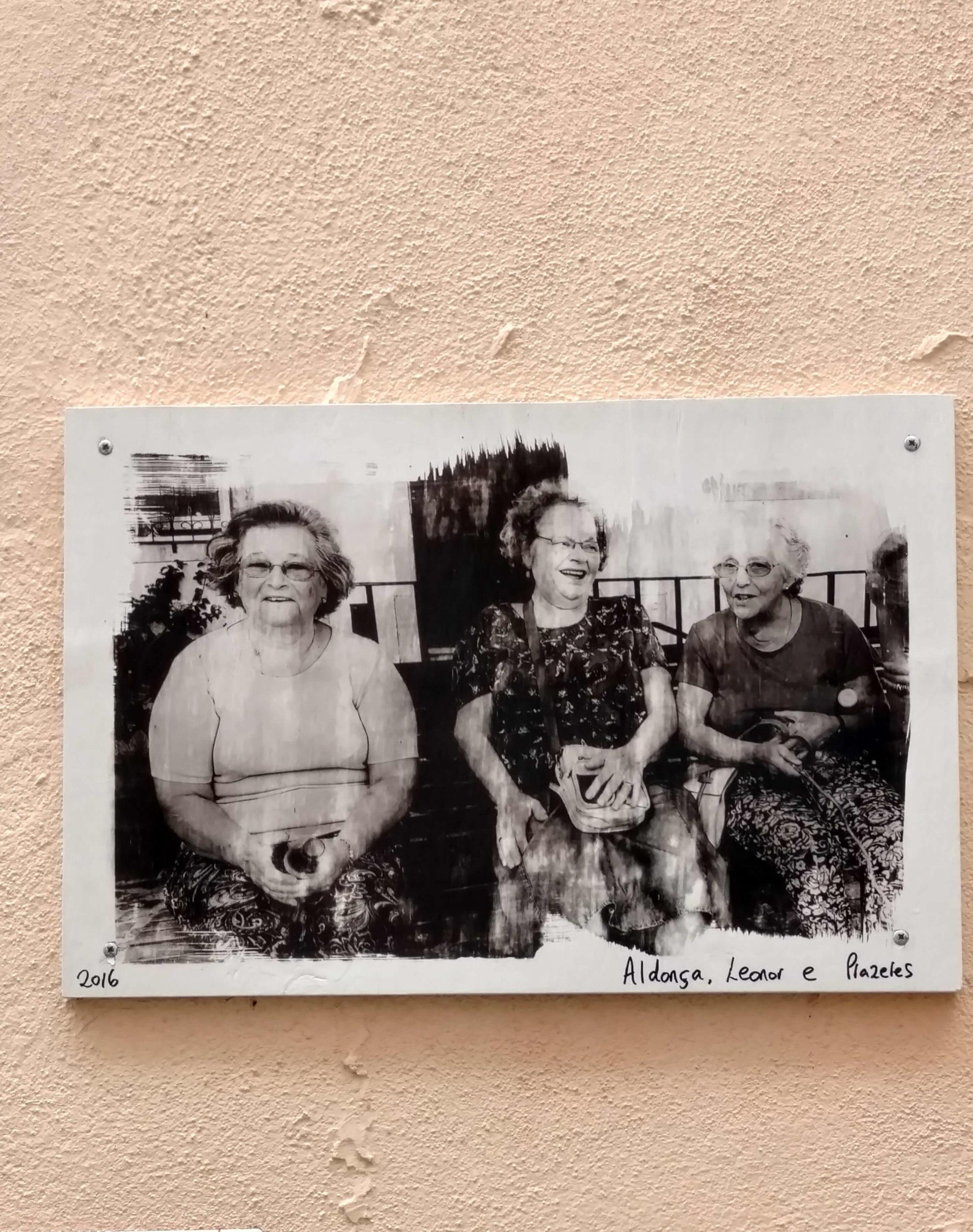 zdjęcie starszych mieszkancow Mourarii